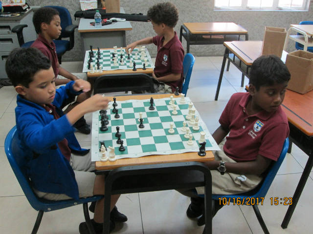 Trimont Chess - Image 3